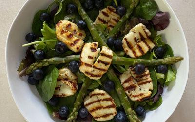 Spinach & Halloumi Salad